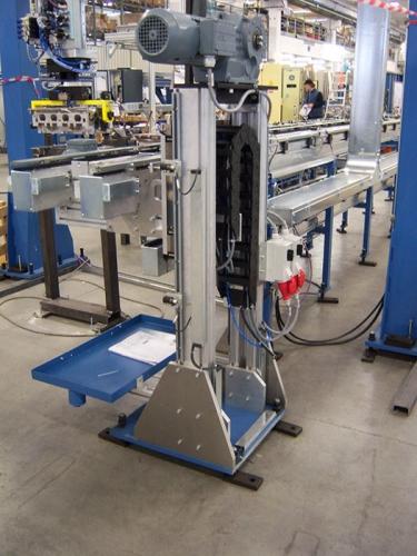 Electromechanical control lift /descender single column